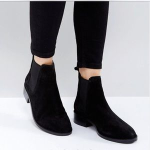 ASOS ABSOLUTE suede black chelsea ankle boots NIB